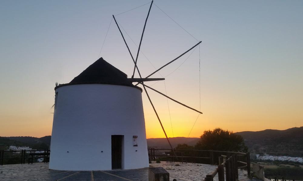 molino de viento en sanlúcar de guadiana